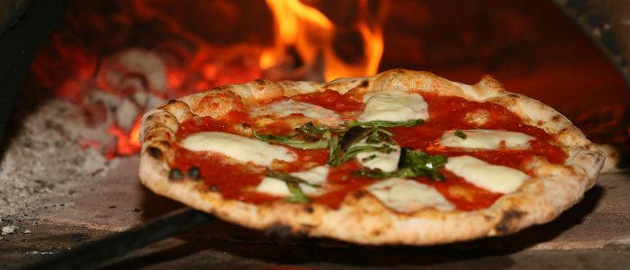 Eataly apre a trieste una casa in campagna - Forno pizza casa legna ...