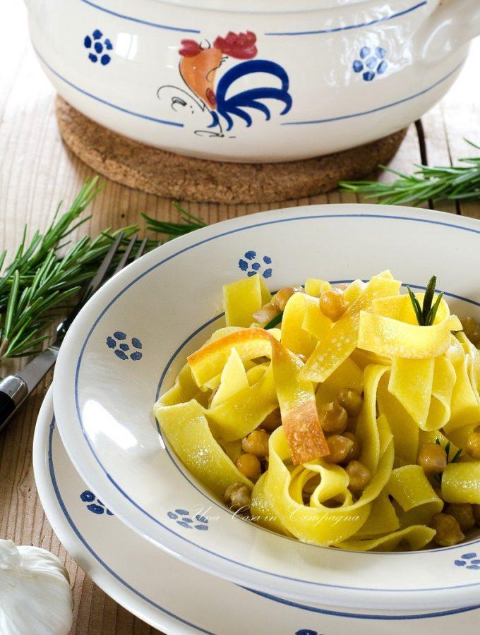 Ciceri e tria - Pasta e Ceci alla Salentina - ©2017 Alessandra Colaci Blog Una casa in campagna